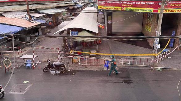 Đóng cửa chợ Tân Định, TP.HCM từ ngày 4-7 do người bán cá nhiễm COVID-19 - Ảnh 1.