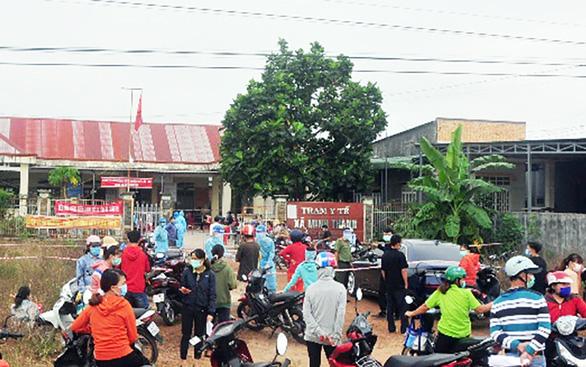 Bình Phước hỏa tốc áp dụng biện pháp khẩn cấp phòng chống dịch tất cả các chợ - Ảnh 2.