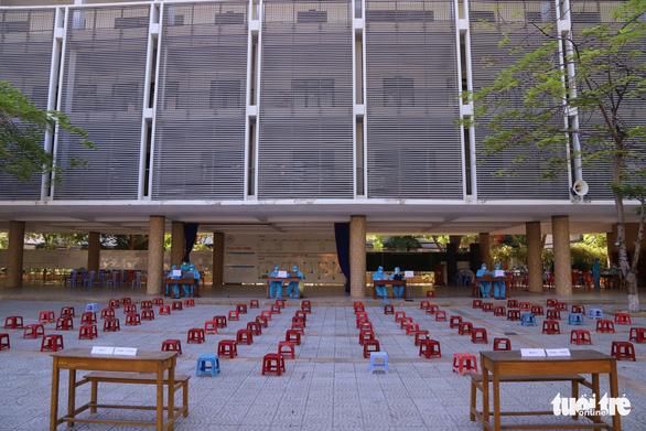Đà Nẵng xét nghiệm gần 13.000 thí sinh thi tốt nghiệp THPT - Ảnh 1.