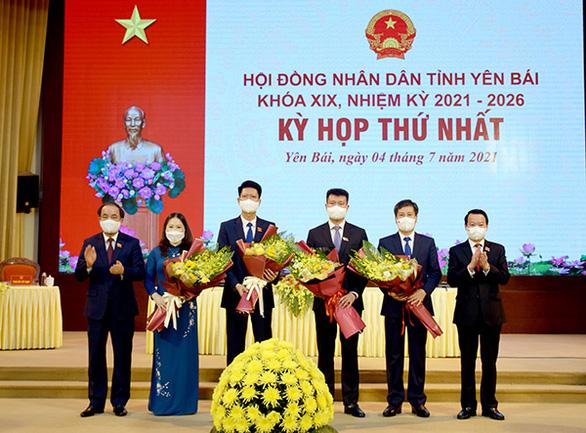 Ông Trần Huy Tuấn tái đắc cử chủ tịch UBND tỉnh Yên Bái - Ảnh 1.