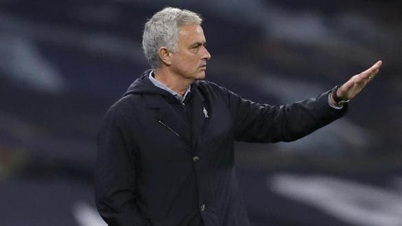 HLV Mourinho: Tôi tôn trọng Tây Ban Nha nhưng họ chẳng thể so được với Ý - Ảnh 1.
