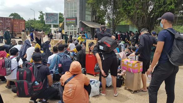 Không có chuyện Campuchia phong tỏa biên giới với Việt Nam và Thái Lan - Ảnh 1.