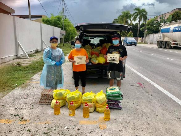 Nữ y sĩ đi cứu giúp đồng bào Việt ở Malaysia - Ảnh 2.
