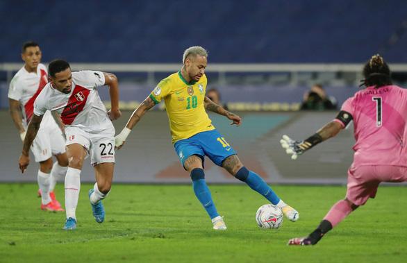 Đả bại Peru 1-0, Brazil vào chung kết Copa America - Ảnh 2.