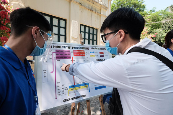 Trên 1 triệu thí sinh cả nước làm thủ tục dự thi tốt nghiệp THPT - Ảnh 30.