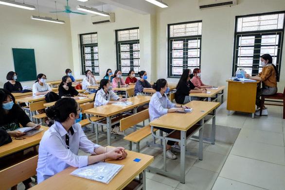 Trên 1 triệu thí sinh cả nước làm thủ tục dự thi tốt nghiệp THPT - Ảnh 25.