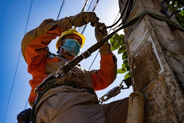EVNNPC đảm bảo cấp điện 883 điểm thi tốt nghiệp THPT 27 tỉnh phía Bắc - Ảnh 2.