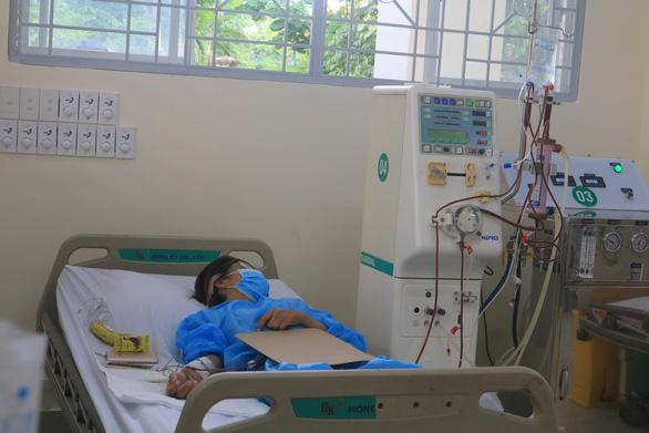Trường hợp nào được chuyển đến các bệnh viện điều trị COVID-19 ở TP.HCM? - Ảnh 1.