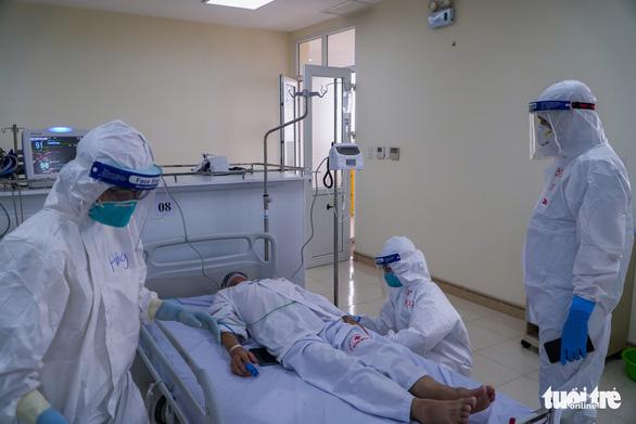 Thêm 4 người chết vì COVID-19 ở Hà Nội, TP.HCM, Nghệ An, Hà Tĩnh - Ảnh 1.