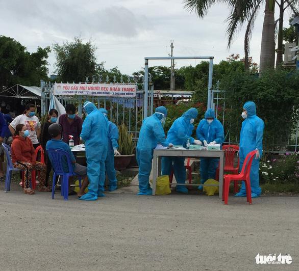 Một công nhân bốc vác dương tính ở Tịnh Biên, liên quan đến ca nhiễm Châu Đốc - Ảnh 1.
