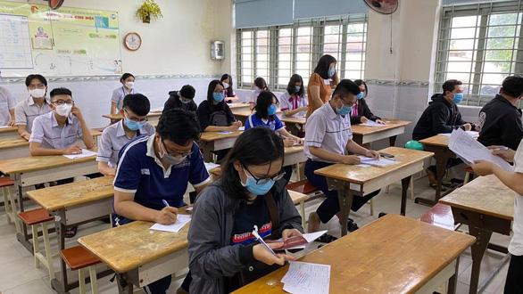 Trên 1 triệu thí sinh cả nước làm thủ tục dự thi tốt nghiệp THPT - Ảnh 28.