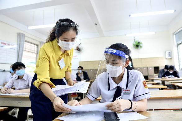 Chiều nay thêm nhiều trường công bố điểm chuẩn: ĐHKHXH&NV, Khoa y ĐH Quốc gia TP.HCM - Ảnh 1.
