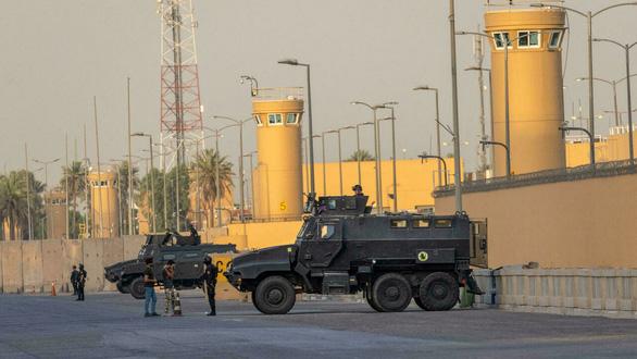 Hệ thống phòng không C-RAM của Mỹ tại Iraq bắn hạ máy bay chất đầy bom - Ảnh 1.