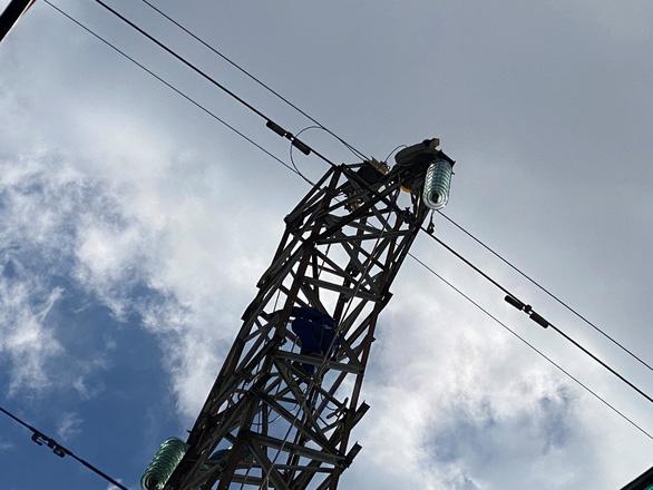EVNHCMC nỗ lực hoàn thành các công trình điện trong mùa dịch COVID-19 - Ảnh 2.