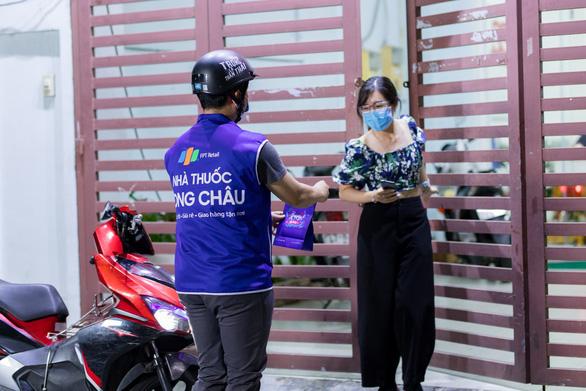 FPT Long Châu chào đón nhà thuốc thứ 300 với nhiều chương trình ưu đãi hấp dẫn - Ảnh 3.