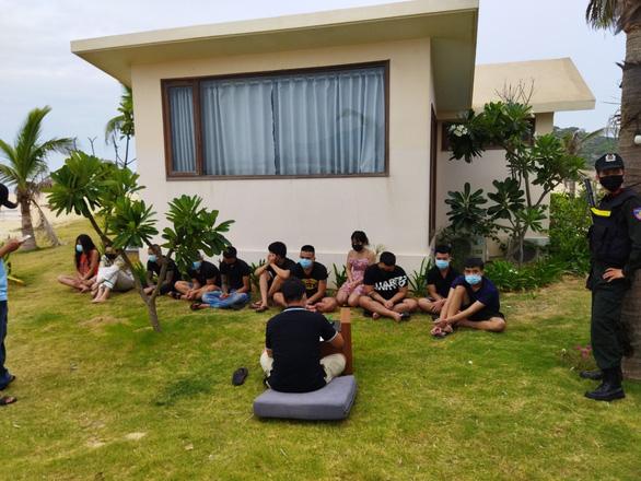 Đang dịch, 89 thanh niên vẫn thuê resort để chơi ma túy - Ảnh 4.