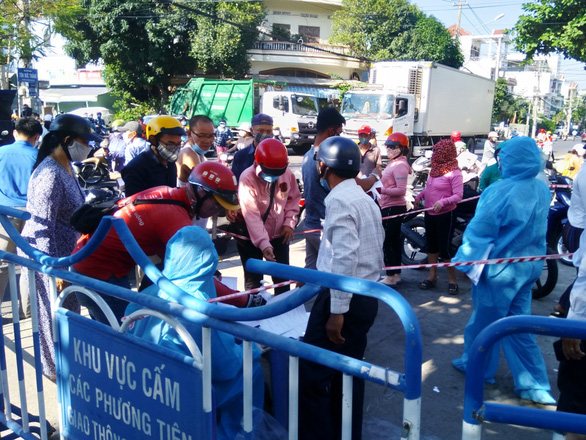 Dịch COVID ngày 8-7: Khánh Hòa áp dụng Chỉ thị 16 ở TP Nha Trang và 2 huyện từ ngày mai - Ảnh 1.
