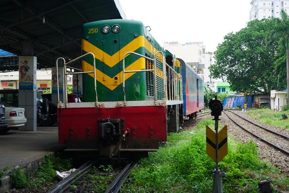 Đường sắt tạm dừng đón, trả khách tại ga Sài Gòn từ ngày 9 đến 23-7 - Ảnh 1.