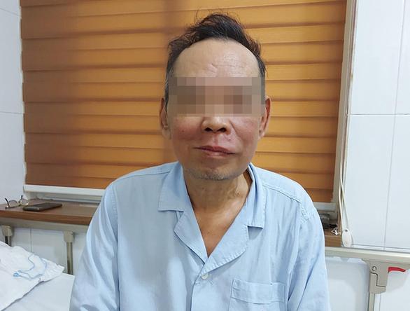 Ung thư khoang miệng đến biến dạng mặt vì không thể đi viện do dịch - Ảnh 1.