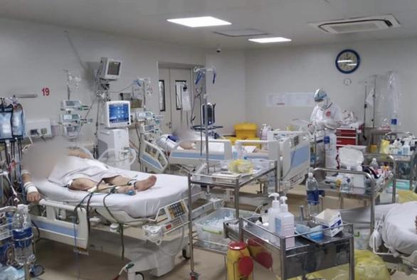 TP.HCM triển khai 1.000 giường hồi sức cho các ca COVID-19 nguy kịch - Ảnh 1.