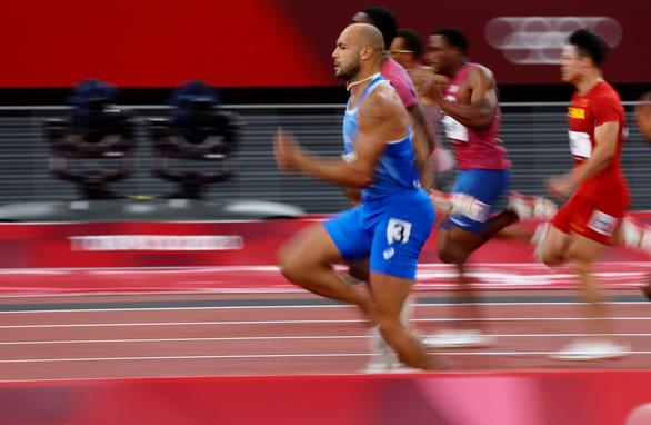 VĐV Ý vô địch nội dung chạy 100m tại Olympic 2020 - Ảnh 4.