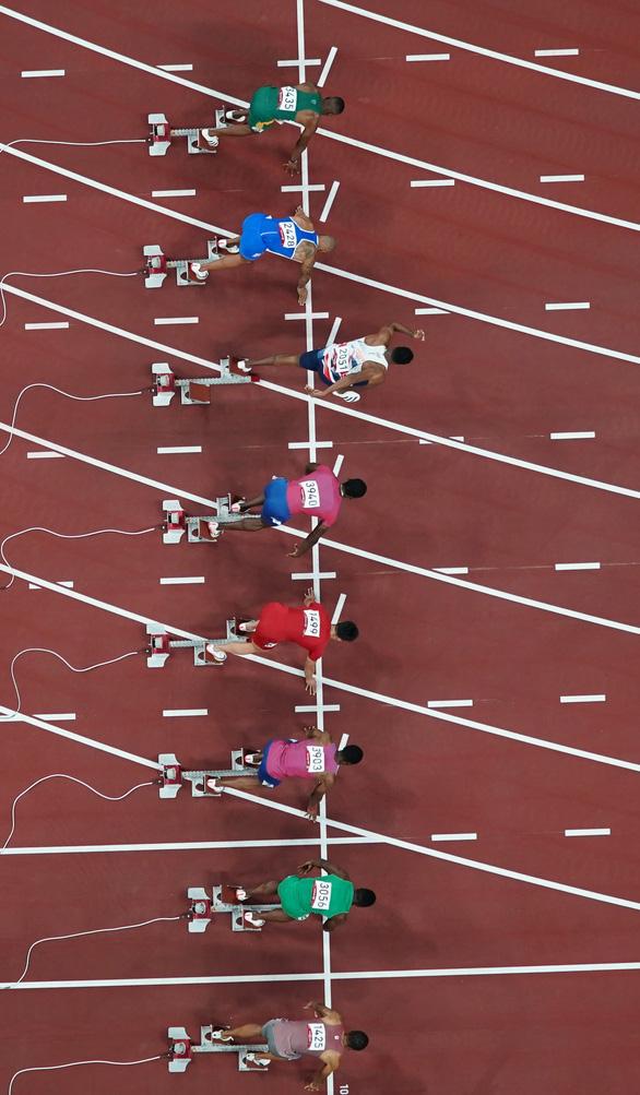 VĐV Ý vô địch nội dung chạy 100m tại Olympic 2020 - Ảnh 3.