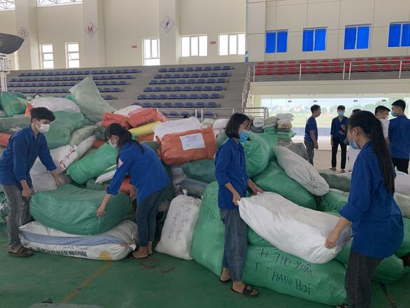Thanh Hóa chi 5 tỉ đồng hỗ trợ đồng hương ở TP.HCM, mỗi hộ nhận 1 triệu đồng - Ảnh 1.