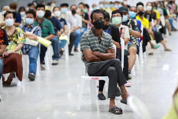 Campuchia phát hiện đột biến của biến thể Alpha, Singapore tiêm đủ cho 70% dân số - Ảnh 2.