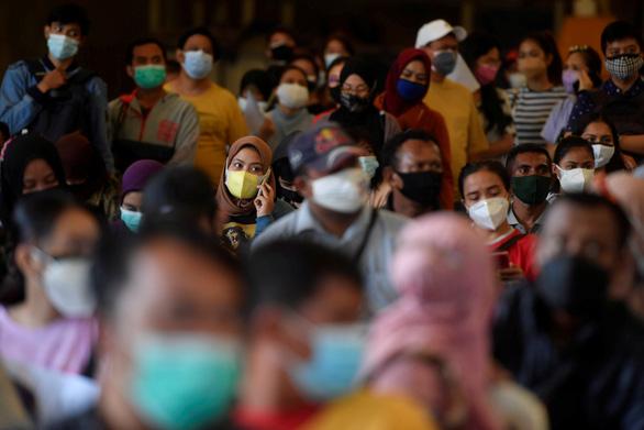 Campuchia phát hiện đột biến của biến thể Alpha, Singapore tiêm đủ cho 70% dân số - Ảnh 3.