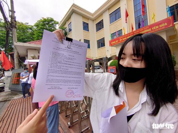 Người dân thở phào khi Hà Nội điều chỉnh công văn siết chặt giấy đi đường - Ảnh 2.