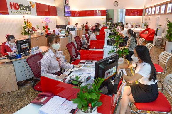 HD Bank nhận thấy thách thức của thanh toán không tiền mặt tại Việt Nam như thế nào? - Ảnh 1.