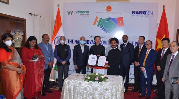 Việt Nam ký kết chuyển giao công nghệ sản xuất vắc xin Nano Covax cho Ấn Độ - Ảnh 1.