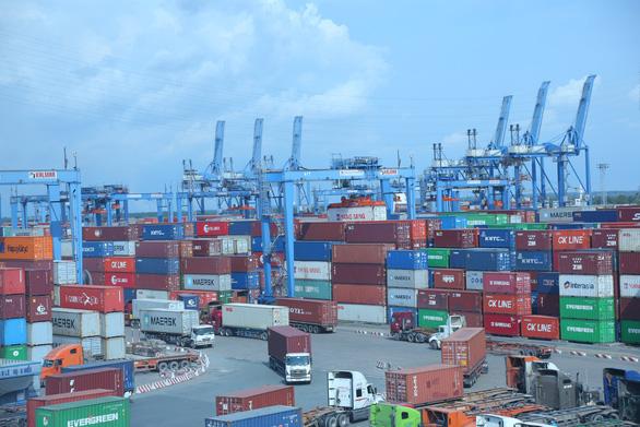 Các cảng phía Nam cần hợp tác cùng xử lý giảm tải cho cảng Cát Lái - Ảnh 1.