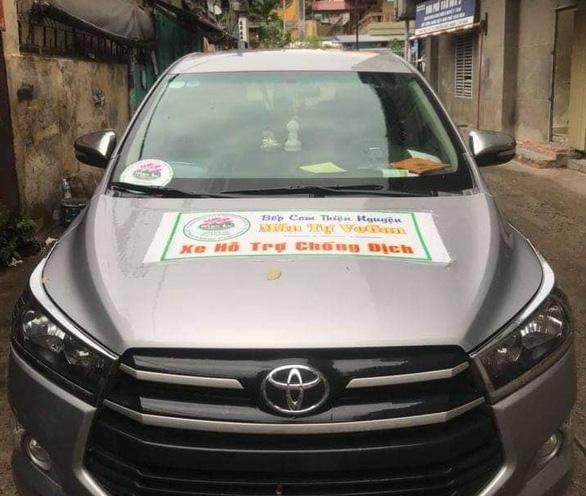Gắn bảng xe từ thiện nhưng chở chui người từ TP.HCM về quê, thu mỗi người 5 triệu - Ảnh 2.