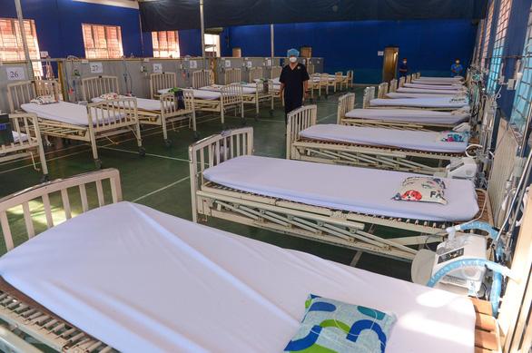 Chuyển Trường THPT Phú Nhuận thành bệnh viện dã chiến 350 giường - Ảnh 4.
