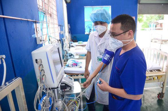 Chuyển Trường THPT Phú Nhuận thành bệnh viện dã chiến 350 giường - Ảnh 6.