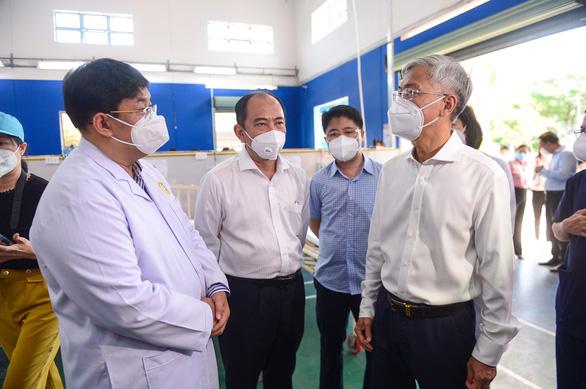 Chuyển Trường THPT Phú Nhuận thành bệnh viện dã chiến 350 giường - Ảnh 3.