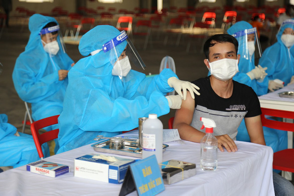 TP.HCM và các tỉnh lân cận đang khát vắc xin ra sao? - Ảnh 3.