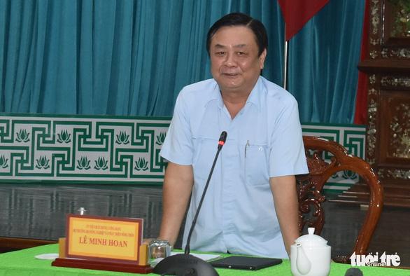 Bộ trưởng Lê Minh Hoan: Giá lúa nhích lên, bộ đang theo sát tình hình - Ảnh 2.