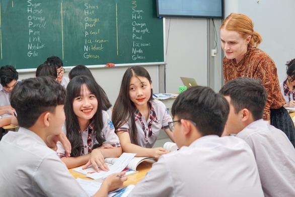 Ba công thức giáo dục toàn diện ấn tượng của trường THPT Việt  Âu - Ảnh 4.