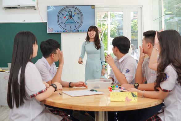 Ba công thức giáo dục toàn diện ấn tượng của trường THPT Việt  Âu - Ảnh 5.