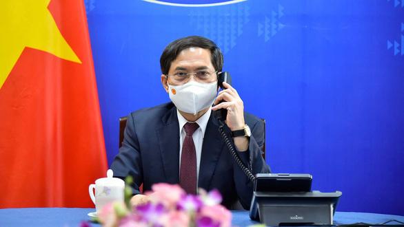 Thành lập Tổ công tác của Chính phủ về ngoại giao vắc xin - Ảnh 1.