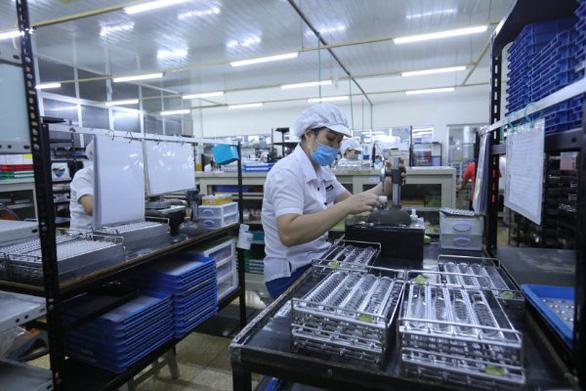 ILO: Nửa cuối năm 2021, thị trường lao động ASEAN có thể tệ hơn - Ảnh 2.