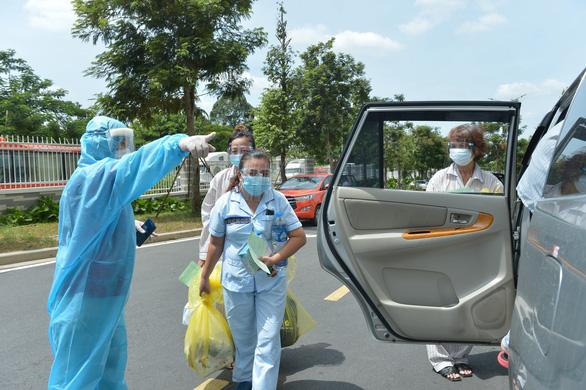 Ngày 14-8: Cả nước 9.716 ca nhiễm mới, 4.247 bệnh nhân khỏi bệnh - Ảnh 1.