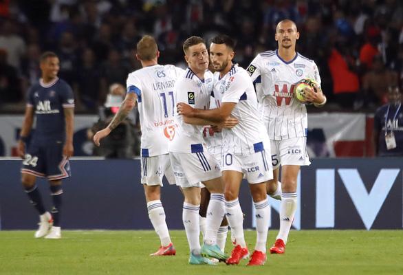 Messi không đá, Mbappe tỏa sáng đưa PSG lên đầu bảng - Ảnh 4.