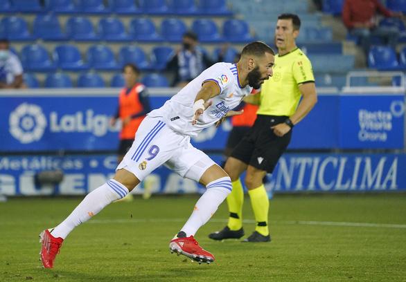 Benzema lập cú đúp giúp Real Madrid khởi đầu thuận lợi - Ảnh 3.