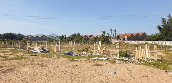 Vụ 1.156 thửa đất ở Phú Yên: Vì sao tạm đình chỉ án kéo dài? - Ảnh 1.
