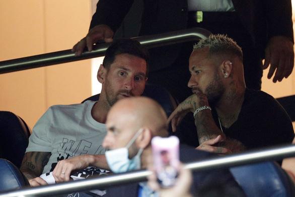 Messi không đá, Mbappe tỏa sáng đưa PSG lên đầu bảng - Ảnh 2.