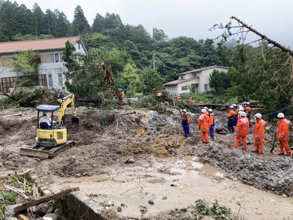 Biển nước sau mưa lớn chưa từng có ở Nhật Bản - Ảnh 1.