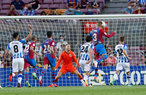 Bắt đầu kỷ nguyên... không Messi, Barca thắng ấn tượng - Ảnh 2.